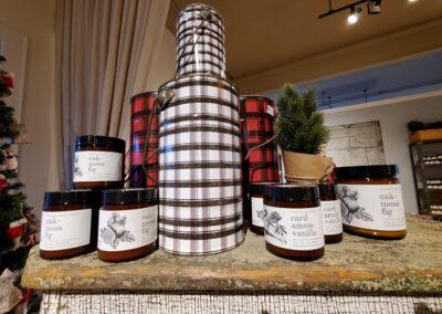 Jar Candles & Buckets
